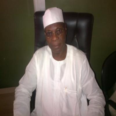 Dr Muslim Idris (FASI, FNMGS)